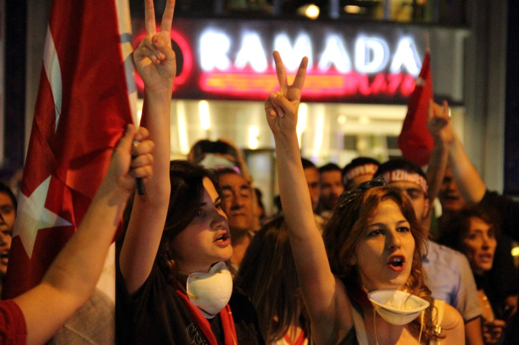 taksim protest 3
