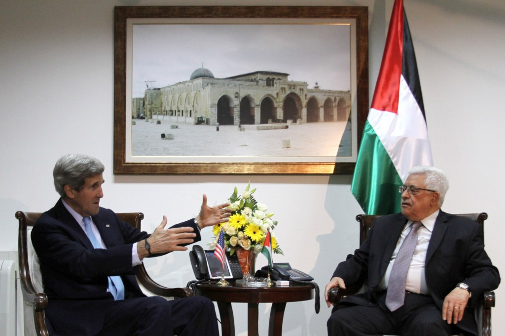 U.S. Secretary of State John Kerry talks peace with PA Chairman Mahmoud Abbas. Photo: Issam Rimawi / Flash90