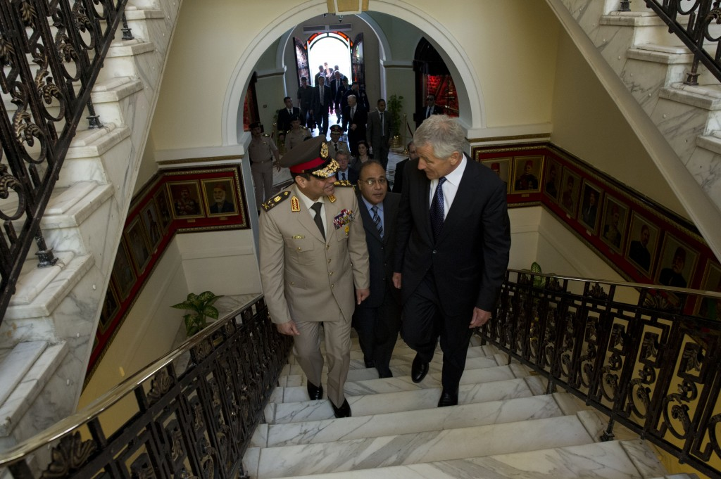 U.S. Secretary of Defense Chuck Hagel with Egyptian Minister of Defense Abdel Fatah Al-Sisi into the Ministry of Defense in Cairo April 24, 2013.  Photo: Erin A. Kirk-Cuomo/Department of Defense