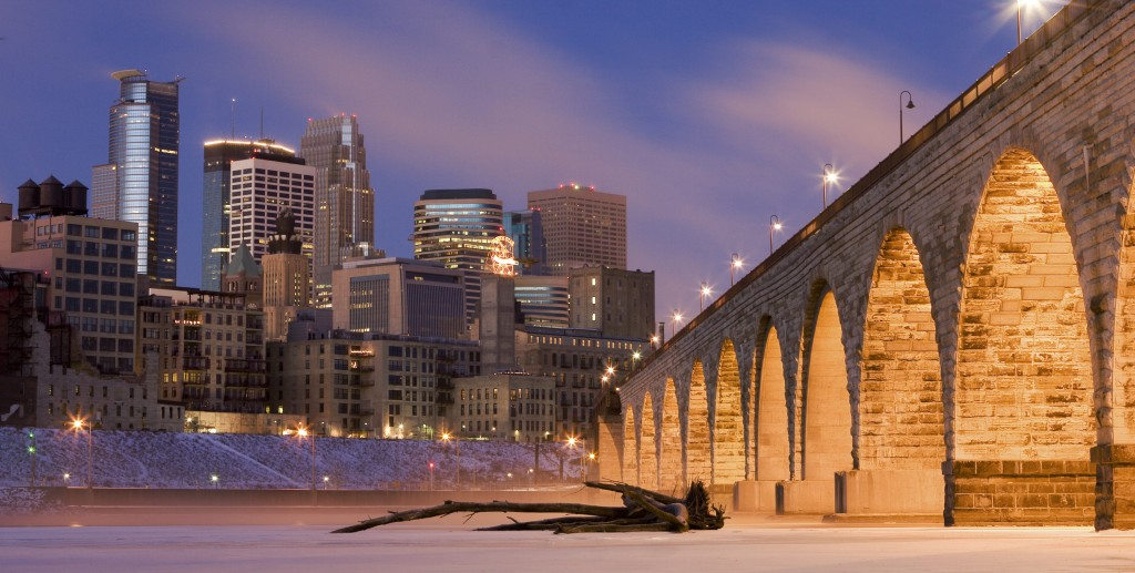 A winter view of Minneapolis from atop the frozen Mississippi River. Photo: jdkoenig / Wikimedia