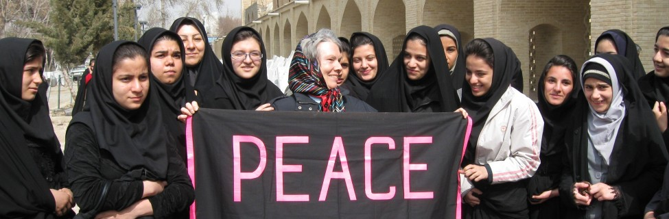 Ann Morrell of the American Friends Service Committee meets with Iranian schoolgirls during a 2009 trip to that country. Photo: Fellowship of Reconciliation / flickr