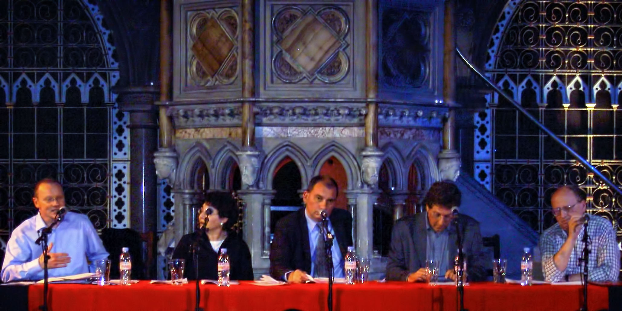 Alan Johnson, Eve Garrard, Nick Cohen, Shalom Lappin and Norman Geras signing the Euston Manifesto. Photo: fys / Wikimedia