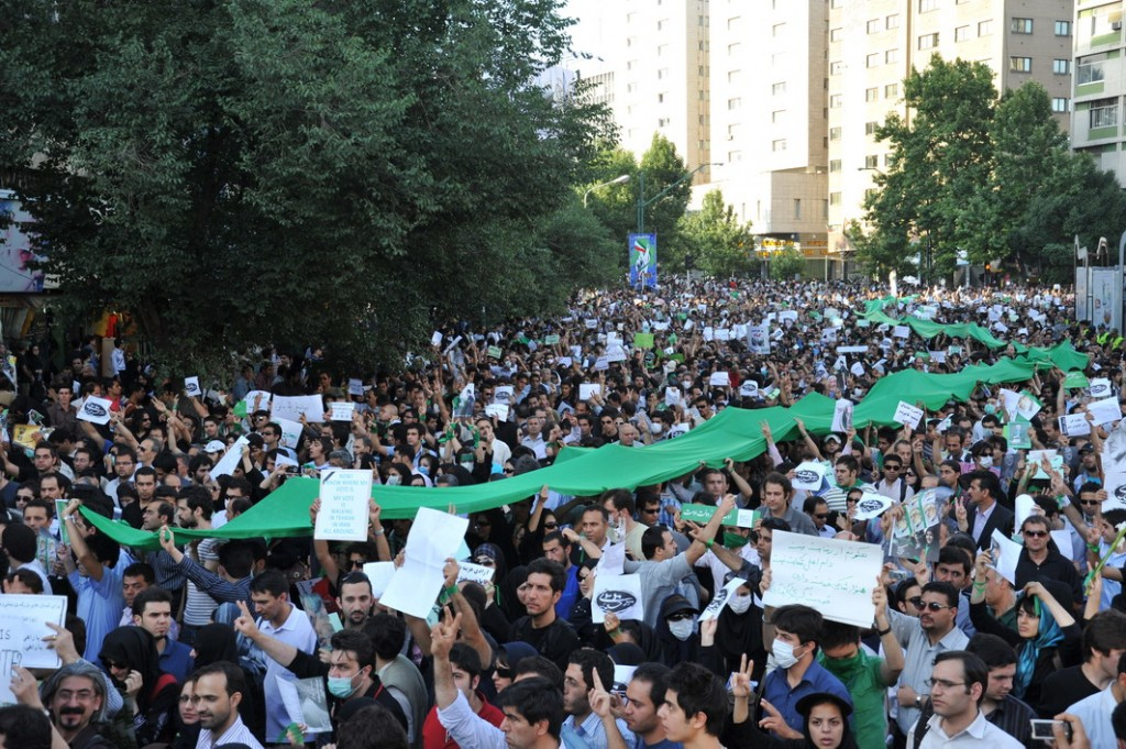 Protesters in Tehran, June 16, 2009. Photo: Milad Avazbeigi / Wikimedia