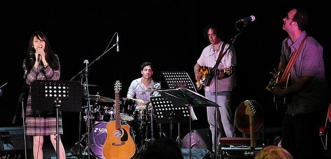 FeaturedImage_2014-05-19_Flickr_Israeli_Arab_7361135814_fa8dd9f907_b