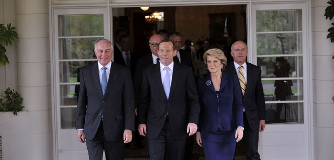 FeaturedImage_2014-06-06_WikiCommons_1024px-Prime_Minister_Tony_Abbott_and_Ministry_leaving_the_swearing_in_ceremony