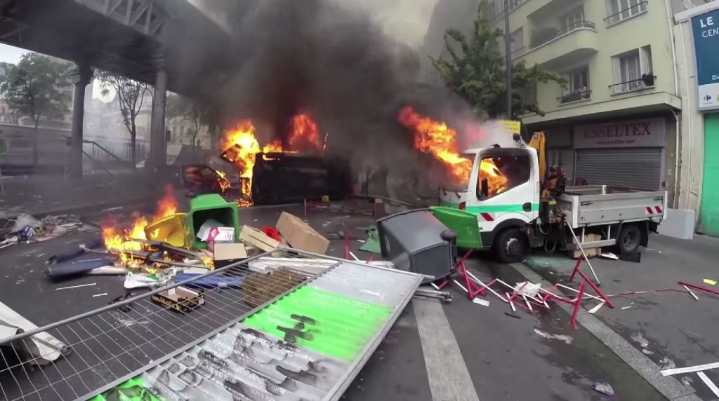 The aftermath of a pro-Palestinian protest in Paris, July 19, 2014. Photo: Line Press / YouTube