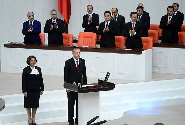 Turkish Prime Minister Recep Tayyip Erdoğan is sworn in as the country's 12th president, August 29, 2014. Photo: Voice of America / Wikimedia