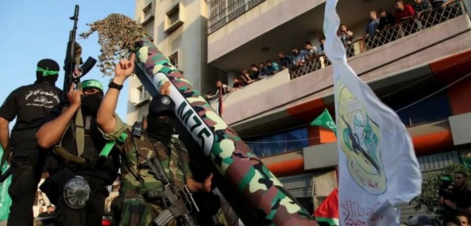 FeaturedImage_2014-08-06_113810_YouTube_Hamas_Fighters