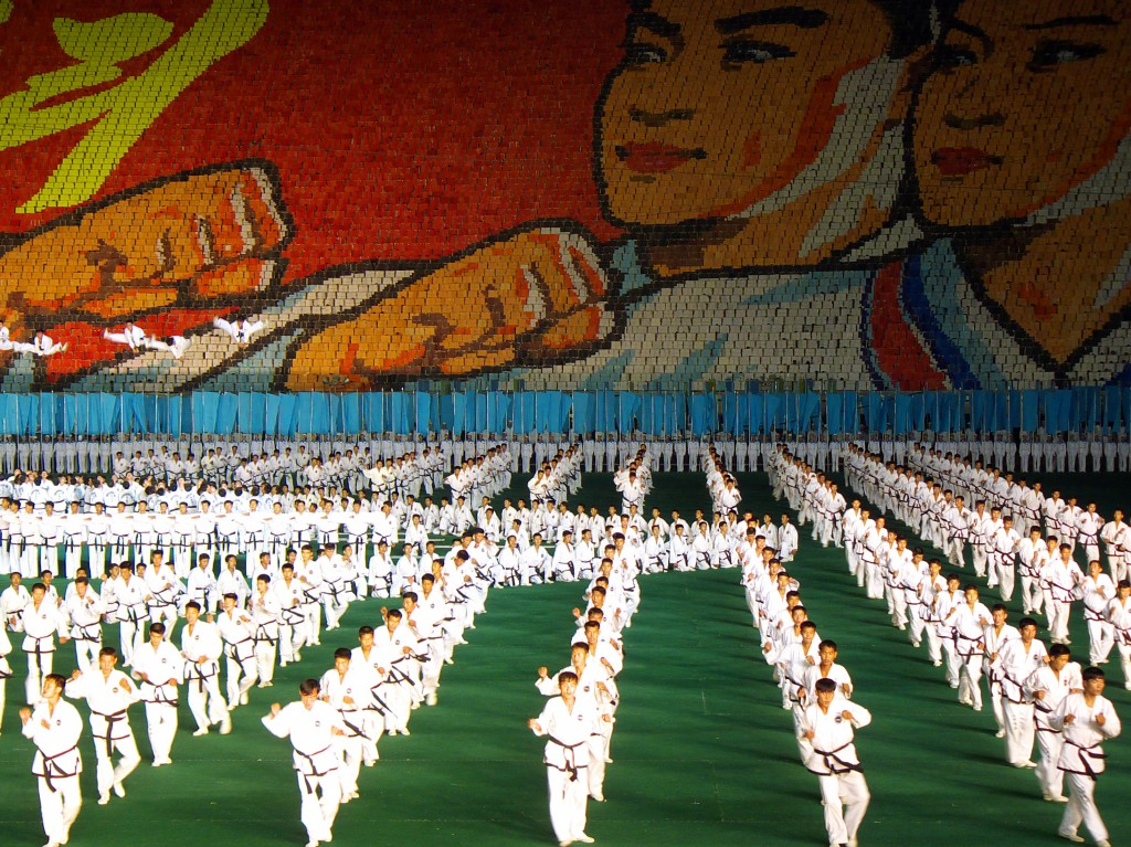The Arirang Mass Games retells the history of North Korea. The performance is famed for huge mosaics created by thousands of school children and complex mass gymnastics and dance routines. Photo: Kok Leng Yeo / Wikimedia