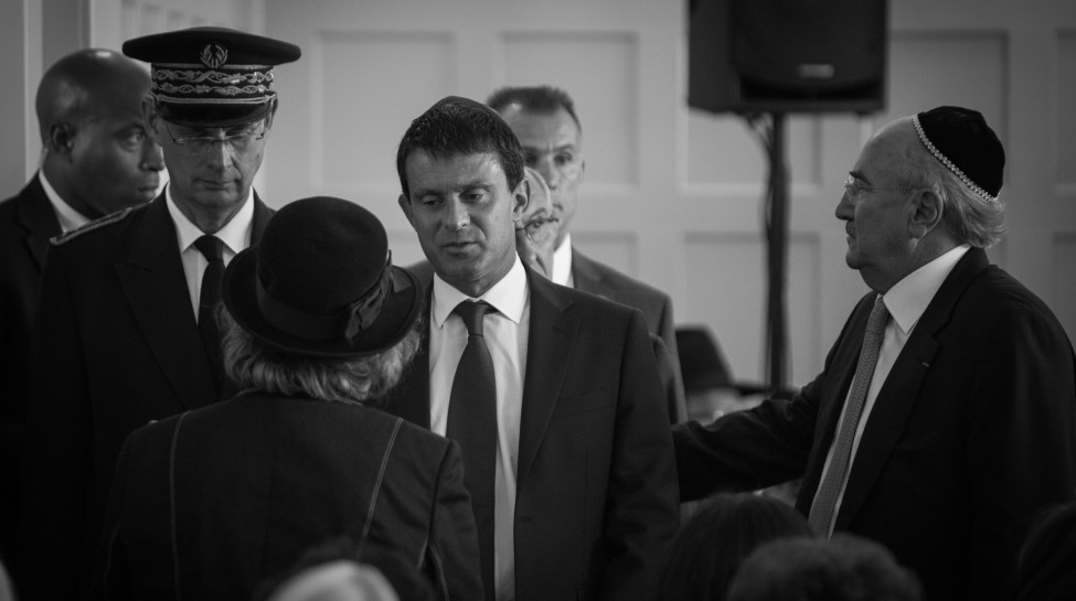French Prime Minister Manuel Valls at the funeral of French Jewish community leader Jean Kahn, August 20, 2013. Photo: Claude Truong-Ngoc / Wikimedia