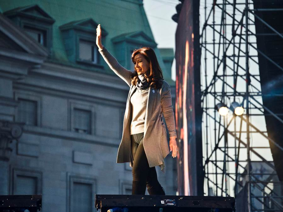 Argentine President Cristina Fernández de Kirchner appears at a concert, May 25, 2014. Photo: Ministerio de Cultura de la Nación Argentina / flickr