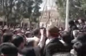 FeaturedImage_2015-03-04_101249_YouTube_Iran_Teacher_Protests