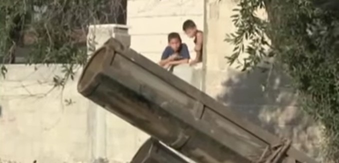 FeaturedImage_2015-03-10_133749_YouTube_Hamas_Civilian