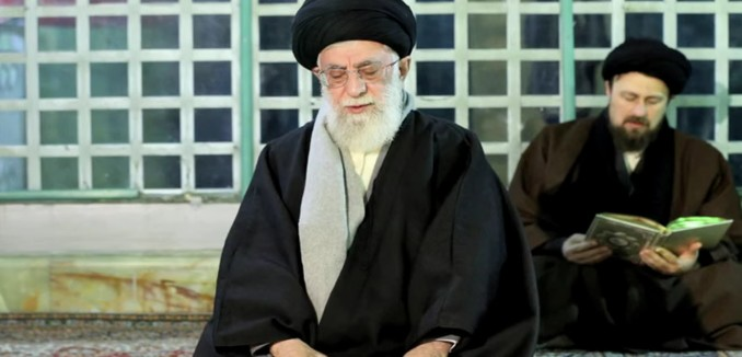 FeaturedImage_2015-06-26_103740_YouTube_Khamenei