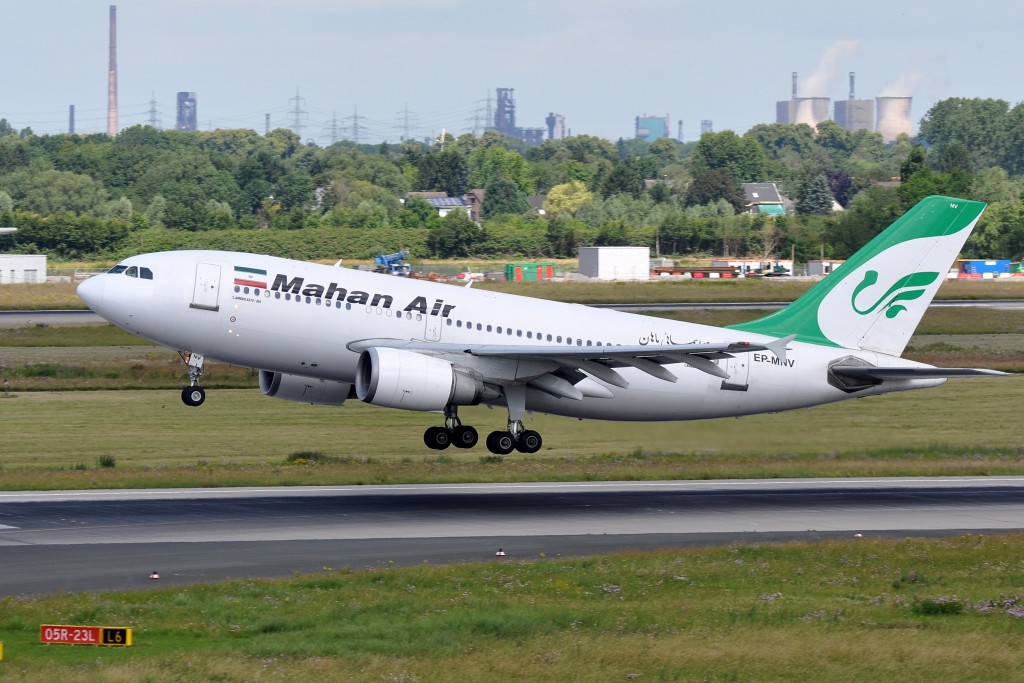 A Mahan Air plane takes off from Düsseldorf Airport, the third-largest airport in Germany. Photo: Eric Salard / flickr
