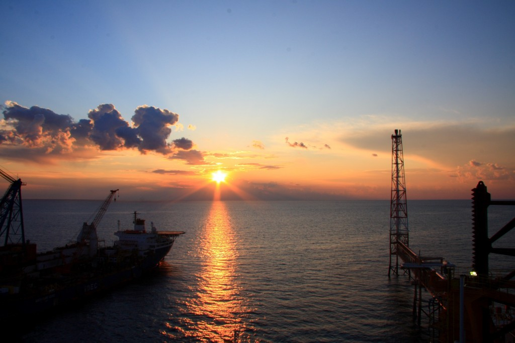 The South Pars natural gas field in the Persian Gulf. International investment in Iran's energy industry is expected to skyrocket when sanctions are eased. Photo: Alireza824 / Wikimedia