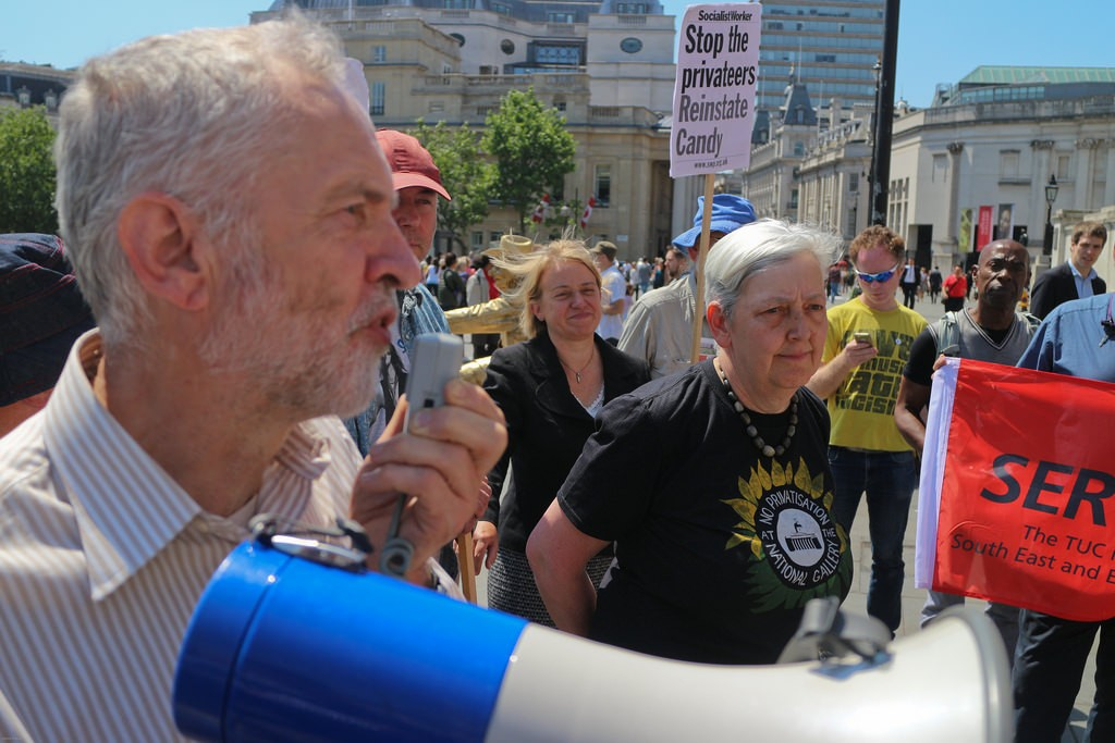 Jeremy Corbyn speaks at a rally to protest the firing of an employee at the National Gallery, June 11, 2015. Photo: Steve Eason / flickr