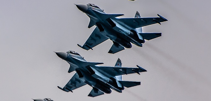 FeaturedImage_2015-09-18_Flickr_Russian_Fighters_16794666348_0d2205b4ae_k