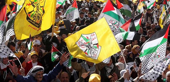 FeaturedImage_2015-10-02_Flash90_Fatah_Flag_F100106IR02