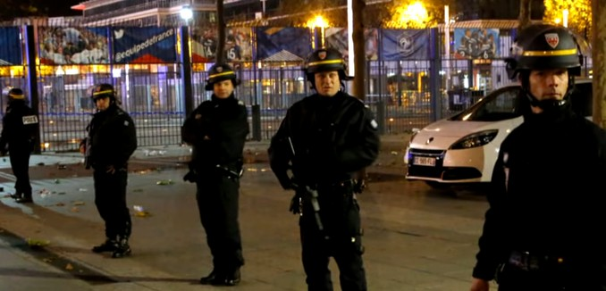 FeaturedImage_2015-11-16_101415_YouTube_Paris_Arrests