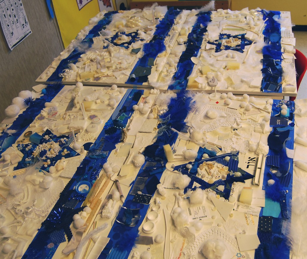An art project at a Hebrew school. Photo: Rachel Pasch / flickr