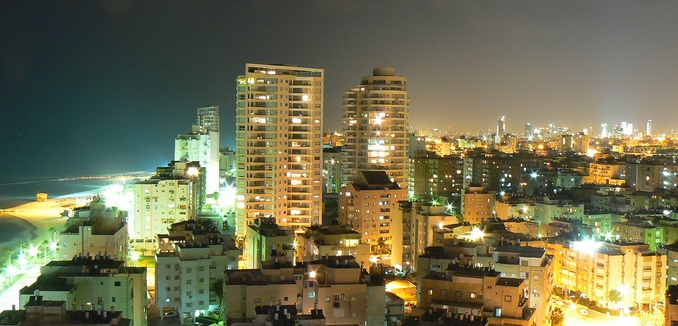 FeaturedImage_2015-12-09_Flickr_Tel_Aviv_354755146_64718ca75b_b