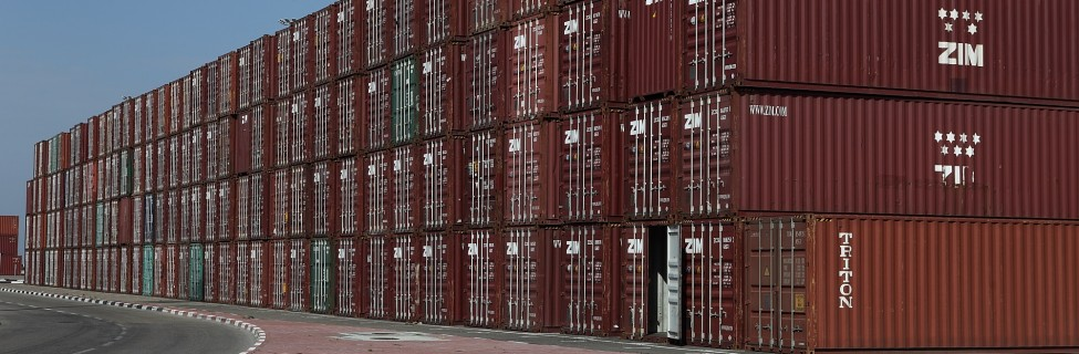 Shipping containers at the Haifa port. Photo: Yaakov Naumi / Flash90