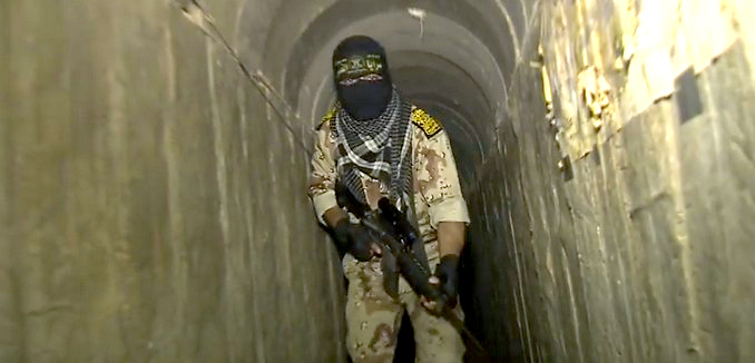 FeaturedImage_2016-03-07_125531_YouTube_Hamas_Tunnel