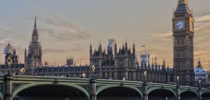 london-530055_960_7201-678x325