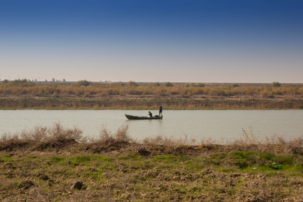 A fishing boat on the Euphrates River, southern Iraq. Photo: Aziz1005 / Wikimedia