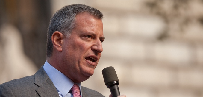 FeaturedImage_2016-08-24_Flickr_Bill_DeBlasio_10632385465_d1da5ecc56_b