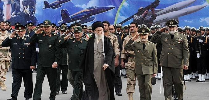 FeaturedImage_2016-08-30_Tasnim_News_Khamenei_Army