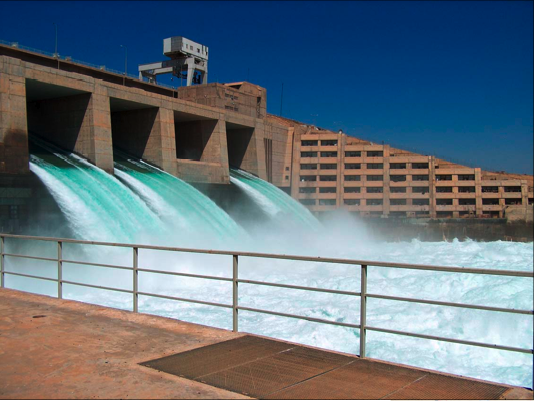The Haditha Dam is the second-largest contributor to hydroelectric power in Iraq. Photo: U.S. Army Corps of Engineers / Wikimedia