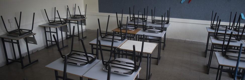 An empty classroom in Jerusalem. Photo: Yonatan Sindel / Flash90