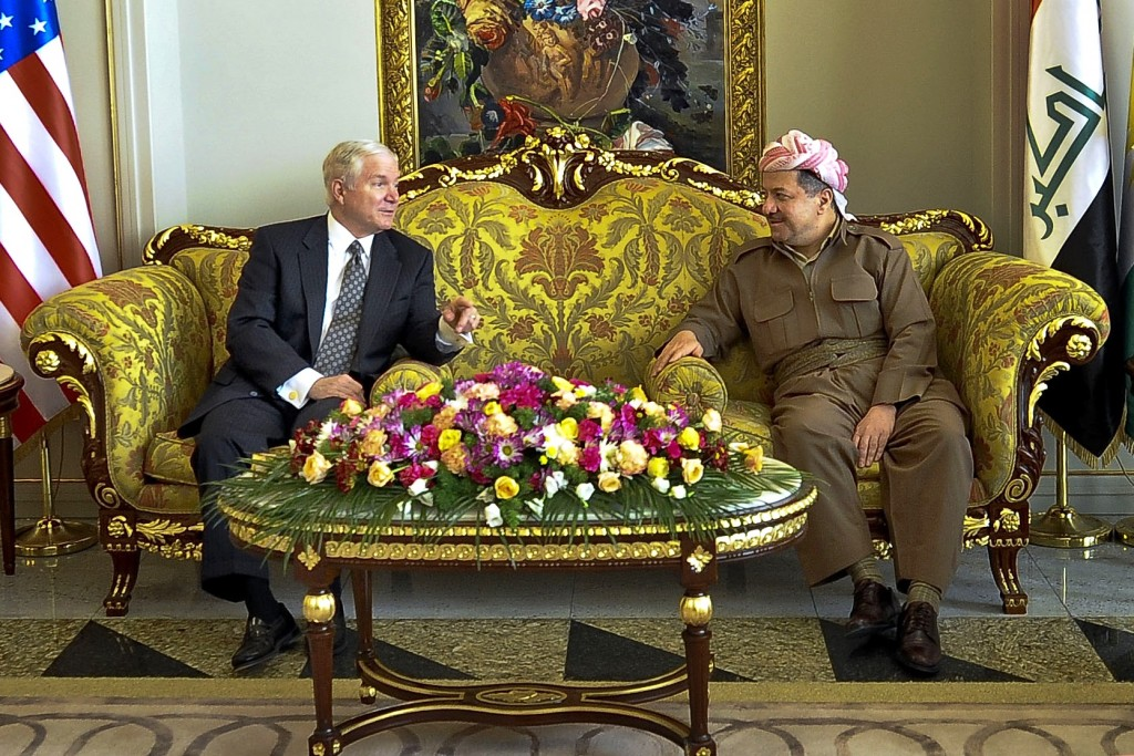 U.S. Defense Secretary Robert Gates meets with Kurdistan Regional Government President Massoud Barzani in Erbil, Iraq, July 29, 2009. Photo: U.S. Army