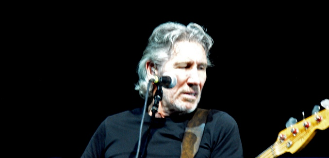 featuredimage_2016-11-02_flickr_roger_waters_7335018918_1f4a8576fc_k