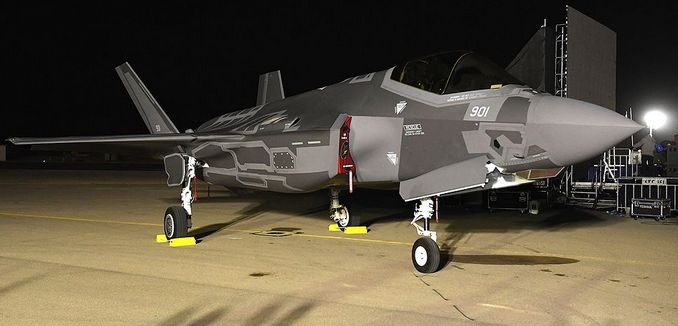 FeaturedImage-2017-02-14_WikiCommons_Israel_Receives_First_Two_F-35_Fighters_(30830159633)