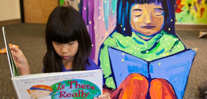 FeaturedImage_2017-03-15_Flickr_Asian_Girl_Reading_5831449942_58f61e0946_b