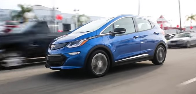 FeaturedImage_2017-06-14_153332_YouTube_Chevrolet_Bolt