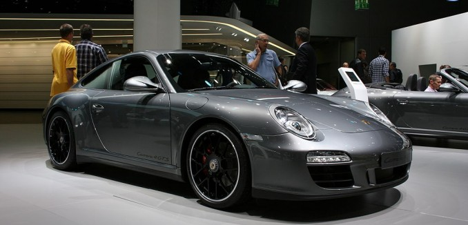 Porsche_911_Carrera_4_GTS_IAA
