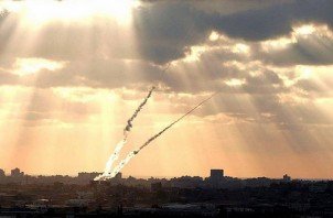 FeaturedImage_2017-08-09_BICOM_Gaza_Rockets_3389737249_a895c89710_z