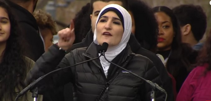 FeaturedImage_2017-08-10_121348_YouTube_Sarsour_Womens_March