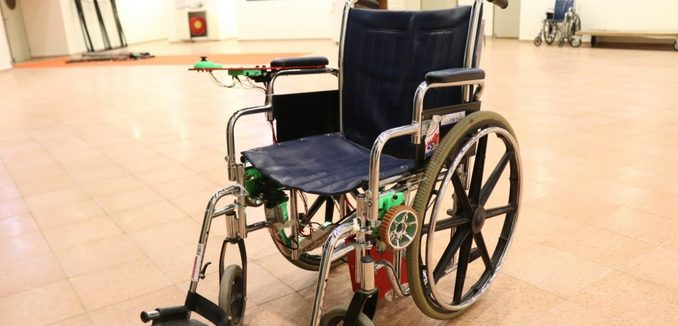FeaturedImage_2017-11-13_Israel21c_wheelchair-robot-1168x657