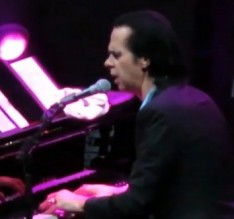 FeaturedImage_2017-11-20_094941_YouTube_Nick_Cave