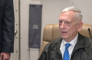Defense Secretary James N. Mattis speaks to memebers of the press during a flight to Muscat, Oman, Mar. 11, 2018. (DoD photo by Army Sgt. Amber I. Smith)