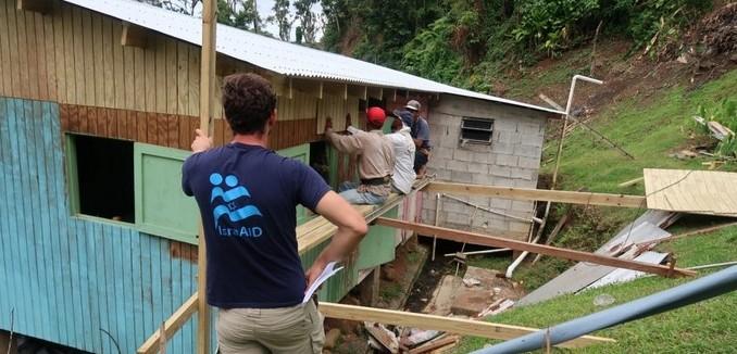 FeaturedImage_2018-08-24_Israel21c_IsraAID_Dominica