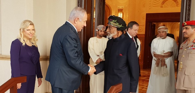 FeaturedImage_2018-10-29_122829_Twitter_Netanyahu_Qaboos