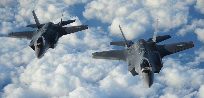 FeaturedImage_2018-12-28_WikiCommons_Israeli_F-35_Adir_delivery_flight_(1)