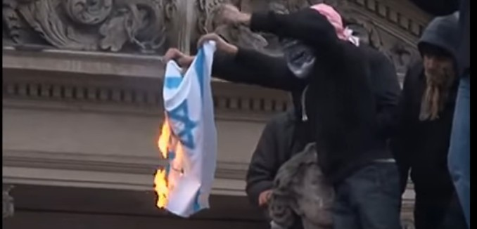 FeaturedImage_2019-01-10_114433_YouTube_Anti-Israel_Riot