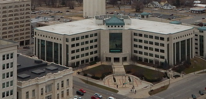 FeaturedImage_2019-02-20_Flickr_Charles_Curtis_State_Office_Bldg_15893706596_631ea20976_k